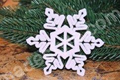 Снежинка с глиттерным  напылением. Пластик