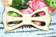 Деревянная заготовка для галстука-бабочки.