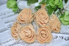 Роза из фома с фатином